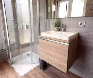 app3_bathroom