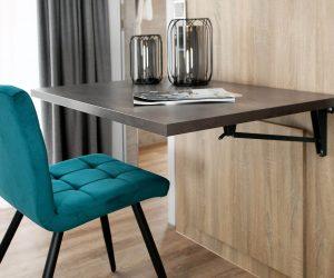 app3_chair_table