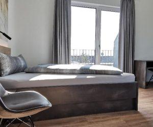 app4_penthouse_bed