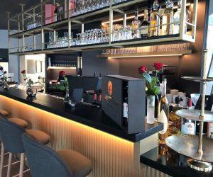 restaurant_bar